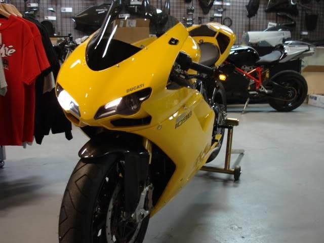 Photo Gallery Motowheels 07 1098