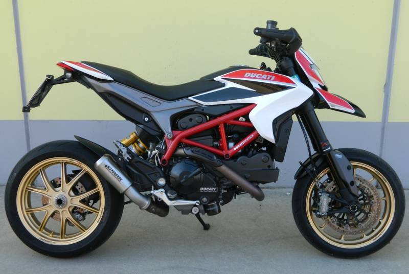 spark hypermotard 821 motogp titanium silencer the ultimate ducati forum. Black Bedroom Furniture Sets. Home Design Ideas