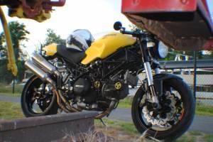 ZSYLOVE ZHANGSUYUAN 2 St/ück Universal-8mm Motorrad M8 Sturzpad Falle Sturzpad Rod Motorrad Anti-Fallen Motorschutz-Stock-Bar Color : Black