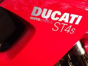 Motowheels - Motowheels Project Bike: 2002 Ducati ST4S