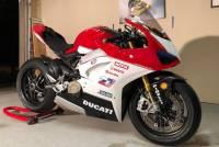 "BST Wheels - BST Rapid Tek Carbon Fiber 5 Split Spoke Wheel Set: Ducati Panigale 1199-1299-V4-V2, SF V4 [5.5"" Rear] - Image 9"