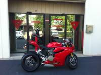 Project Bikes - Motowheels - Motowheels Project Bike: 2012 Ducati Panigale S