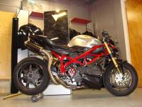 Motowheels - Motowheels Project Bike: 2010 Ducati Streetfighter - Image 2