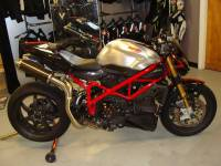 Project Bikes - Motowheels - Motowheels Project Bike: 2010 Ducati Streetfighter