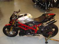 Motowheels - Motowheels Project Bike: 2010 Ducati Streetfighter - Image 11