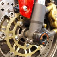 SpeedyMoto - SPEEDYMOTO Front Axle Slider: Triumph Daytona 675/R / Speed Triple / Street Triple / Tiger 1050